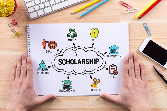 Scholarships_for_College
